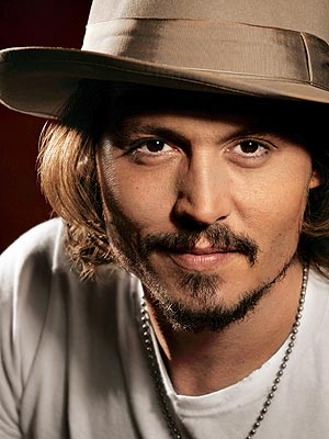 http://www.ofertilandia.com/blog/wp-content/uploads/2010/12/johnny_depp.jpg